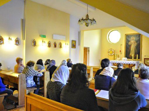 Zatopieni w modlitwie i ciszy – Reportaż z Ogólnopolskich Rekolekcji Wiernych tradycji Łacińskiej – Tradicolekcje2018.